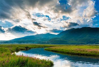 ชมความงามของทัศนียภาพพื้นที่ชุ่มน้ำเป่ยไห่เมืองเถิงชง-ยูนนานช่วงเดือนพฤษภาคม