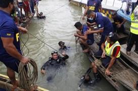 孟加拉国达卡发生沉船事故至少24人遇难