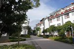 Yunnan's top community features villas and dividends