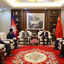 中国将助柬实现无地雷目标