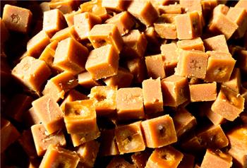 น้ำตาลอ้อยอันหอมหวานสร้างความสุขให้กับชาวหมีเล่อ มณฑลยูนนาน