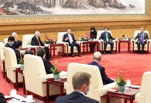 นายกฯ จีนจัดสัมมนาฉลองตรุษจีนกับผู้เชี่ยวชาญต่างประเทศ