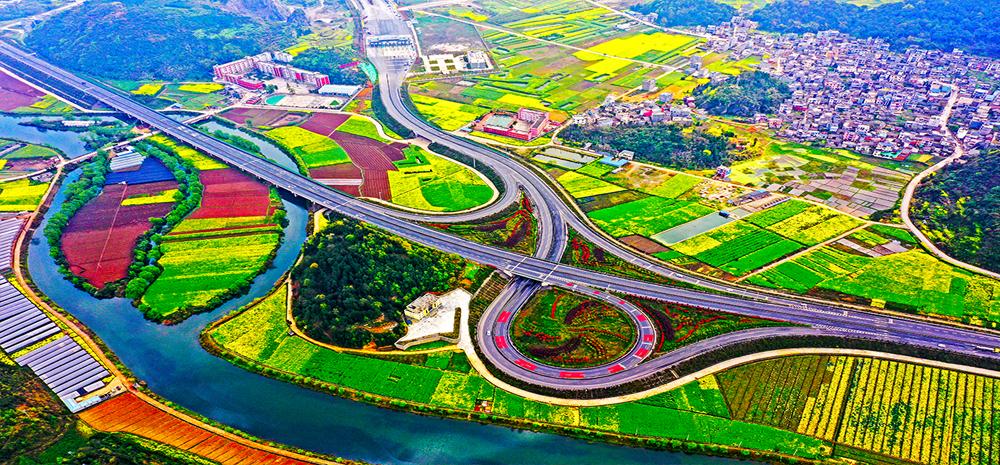 江召高速:一条鲜花铺成的大道