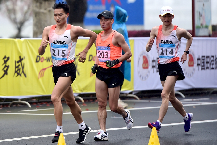 Yunnan race walkers Cai, Zhang claim titles at Olympic trials