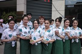 柬埔寨各界人士说澜湄合作为东盟共同体建设注入动力