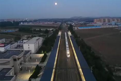 12.000 công nhân Trung Quốc nâng cấp đường sắt dài 405 km trong 11 giờ