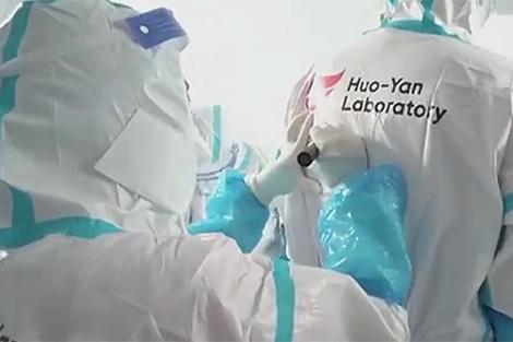 10 giờ Trung Quốc xây phòng xét nghiệm COVID-19 1.5 triệu mẫu/ngày