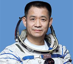 Nhiếp Hải Thắng là phi hành gia Trung Quốc đầu tiên làm việc trên quỹ đạo 100 ngày