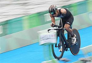 """""""Ironman một tay"""" của tỉnh Vân Nam giành vị trí thứ 4 ở trong Thế vận hội Paraly"""