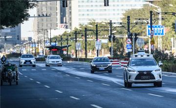 ปักกิ่งเปิดตัวทดสอบรถไร้คนขับบนถนนในเมือง