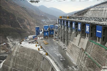 大江奔流: 一个世界级绿色能源基地正在崛起