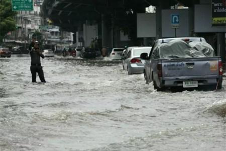 泰国曼谷持续暴雨 部分地区雨量创12年新高