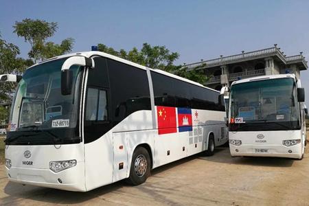 中国援柬流动诊所车抵达柬埔寨
