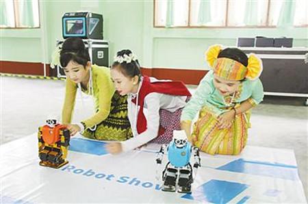 中国流动科技馆走进缅甸
