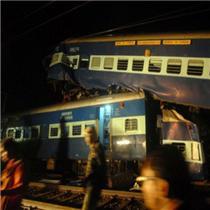 印度火车撞击人群至少50死 令人心碎的悲剧