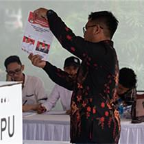 印尼总统大选开始快速计票
