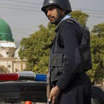 巴基斯坦一辆大巴遭武装劫持 至少14名乘客被枪杀