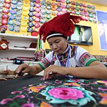 创意云南2018文化产业博览会述评:向着支柱产业目标迈进