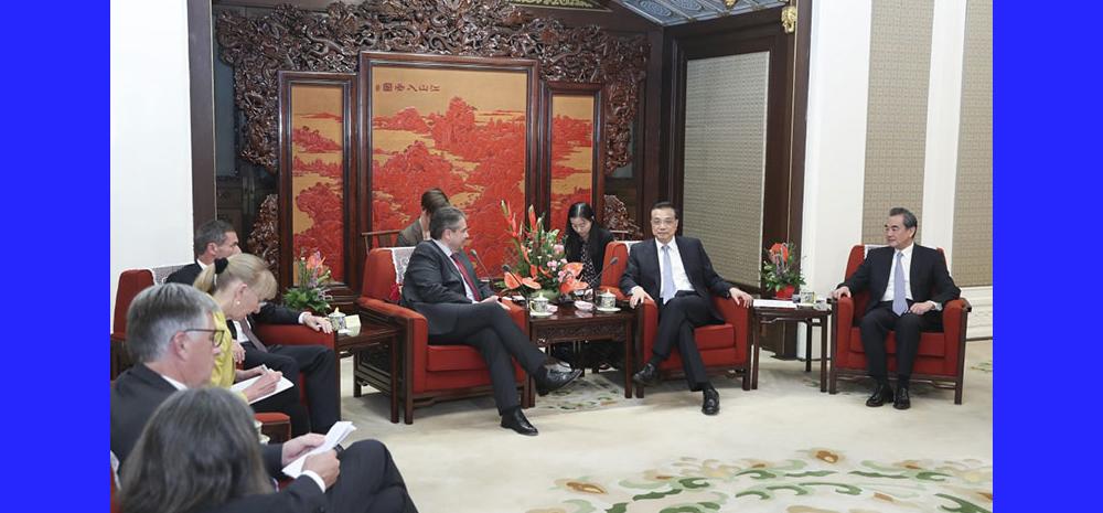 外交场合罕见一幕:德方代表为中国总理鼓掌
