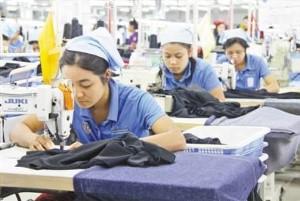 วิสาหกิจจีนแรงกระตุ้นการพัฒนาอุตสาหกรรมเสื้อผ้าสำเร็จรูปของพม่า