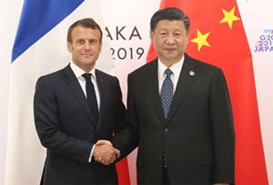 ปธน.จีนและฝรั่งเศสหารือทางโทรศัพท์ตามนัด