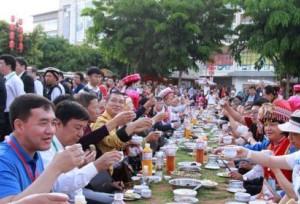 ในช่วงวันหยุดเทศกาลไหว้บ๊ะจ่าง(ตวนอู่เจี๋ย)ยูนนานสร้างรายได้จากการท่องเที่ยว 5.2 พันล้านหยวน