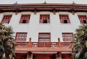 ชาวเน็ตชมเปาะ! ม.เสฉวนสร้างอาคารเรียนแบบจีนโบราณ