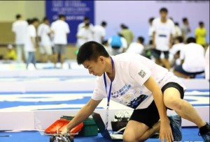 เปิดฉากการแข่งขันรถยนต์อัจฉริยะของนักศึกษาเขตภาคเหนือของจีน