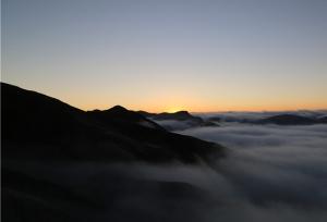 """""""ทะเลเมฆ"""" ที่ภูเขาม้าหนาน   เมืองเจาทง มณฑลยูนนาน"""